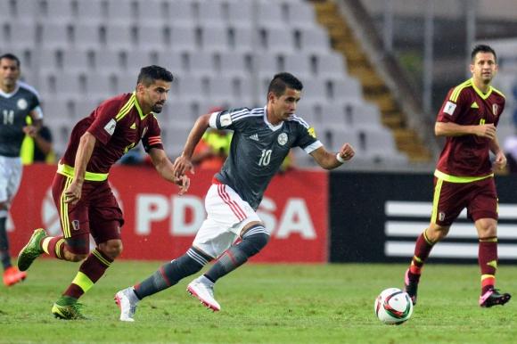 Derlis González anotó el gol del triunfo de Venezuela-Paraguay. Foto: AFP.