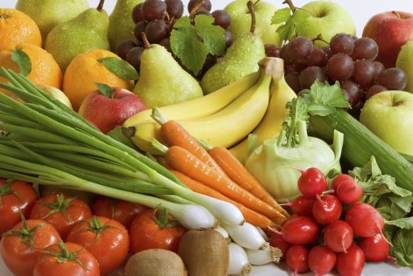 Oferta. Las empresas la ajustan a la recomendación de la OMS de consumir cinco porciones de frutas y verduras al día. (Foto: Google Images)