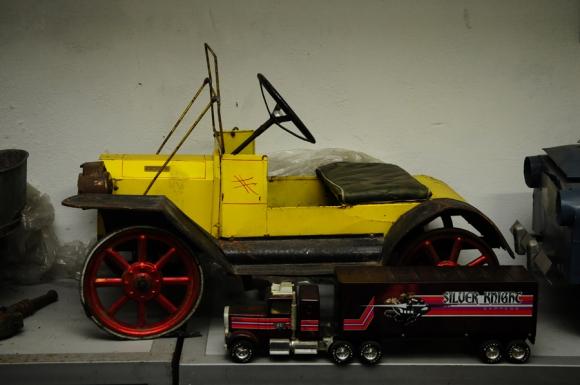 Exposición de autos antiguos. Foto: M. Bonjour