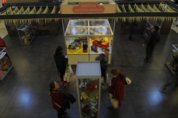 Exposición de juguetes antiguos. Foto:Fernando Ponzetto