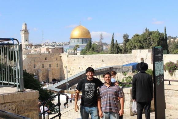 En el Muro de los Lamentos, en Jerusalén, Israel