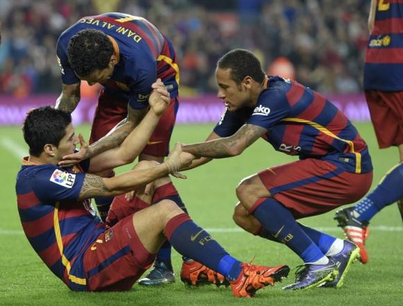 Luis Suárez festeja su gol para Barcelona. Foto: AFP