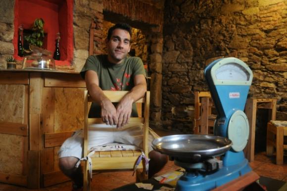 Martín Castro dejó su trabajo en IBM y abrió el restaurante Tomate.
