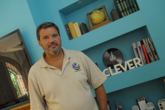 Francisco Bello era subgerente del Santander y abrió una productora audiovisual.