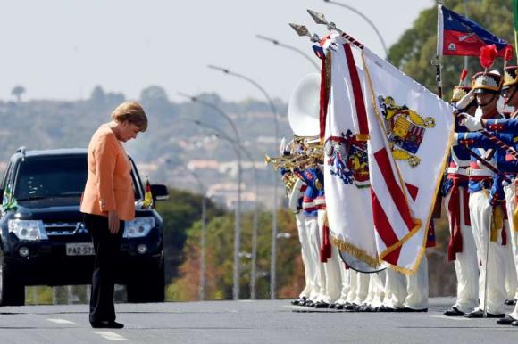 Angela Merkel en Brasil. Foto: AFP.