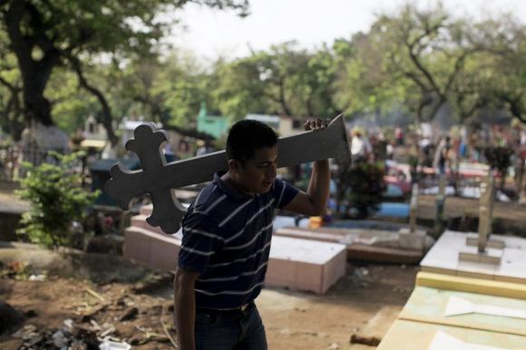 Día de los Muertos en El Salvador. Foto: Reuters