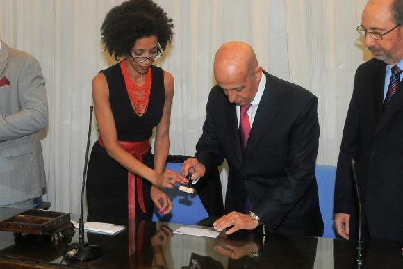 Moreira y Maglione en la presentación del sello. Foto: A. Colmegna