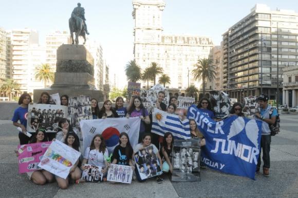 Korean Fans Uruguay (KFU) se formó en 2013 para dar a conocer la cultura coreana. Foto: Agustín Martínez