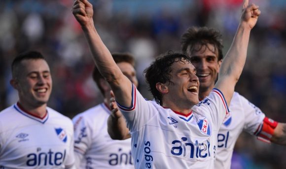 Amaral, Fernández y Alonso. Todos fueron figura. Foto: G. Pérez