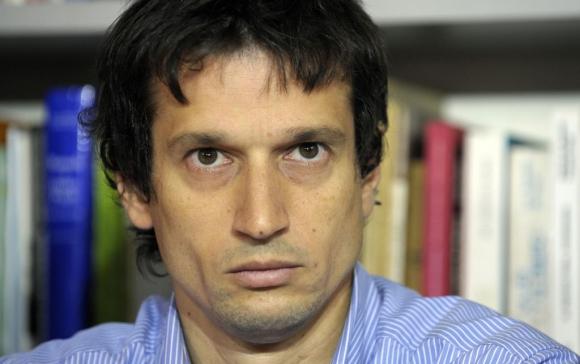 Diego Lagomarsino durante su exposición a la prensa. Foto: AFP