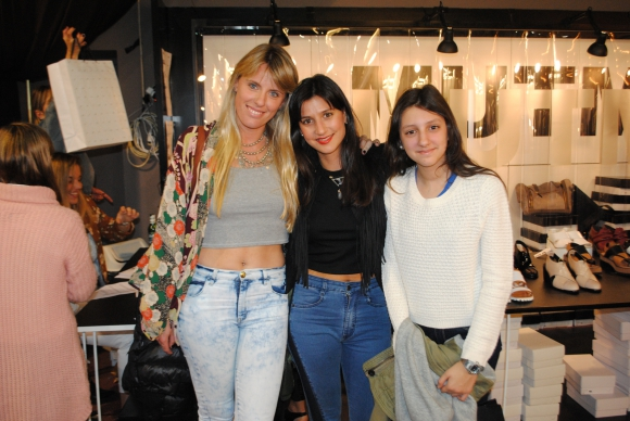 Moira Schurmann, Mariana y Valentina Cosentino.