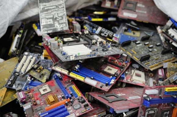 17% de los residuos electrónicos del mundo terminan siendo reciclados. <br>Foto: M. Bonjour