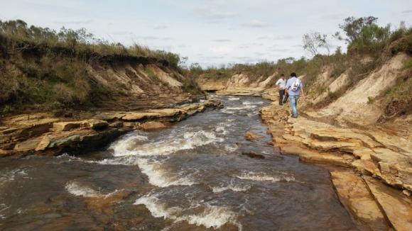 Expertos estiman que junto a este río, animales de la prehistoria habitaban el lugar.