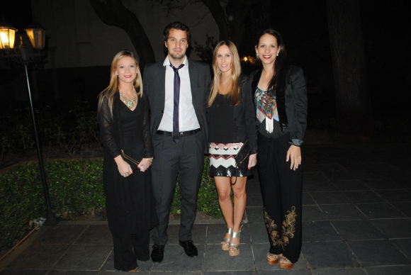 Pía Pretto, Diego Faral, Luciana Castro, Macarena Deal.
