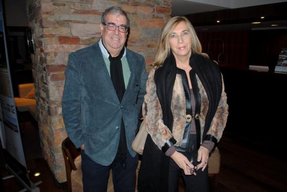 Jorge Camaño, Elizabeth Moretti.