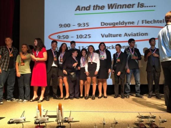 Liceales uruguayos ganaron certamen en la NASA. Foto: FM Gente