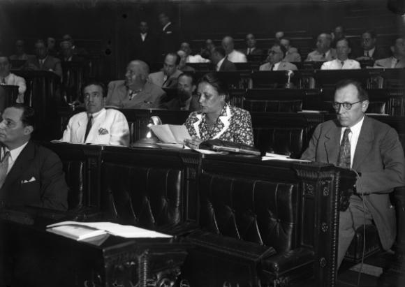 Julia Arévalo de Roche, una pionera. (Foto: archivo El País)