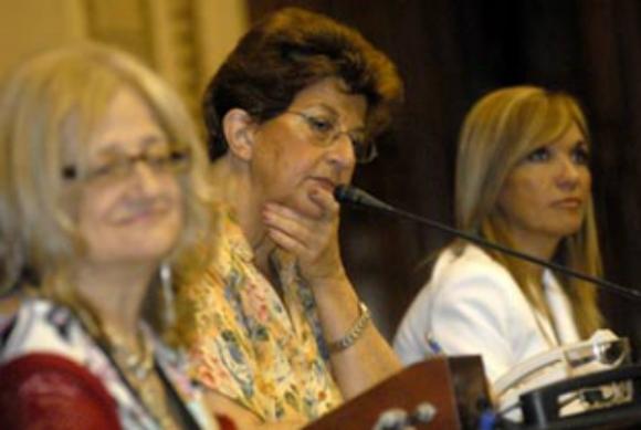 Rondán, Percovich y Argimon; fundadoras de la BBF. (Foto: Parlamento)