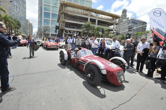 Maserati Monofaro de 1946, pilotado por Ito y Santiago Dellepiane.