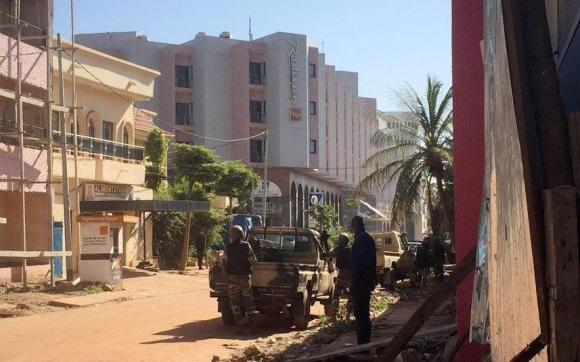 Un grupo de terroristas tomó de rehén a más de 170 personas en Mali. Foto: AFP