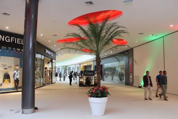 El diseño del shopping Melancia tiene toques brasileños.