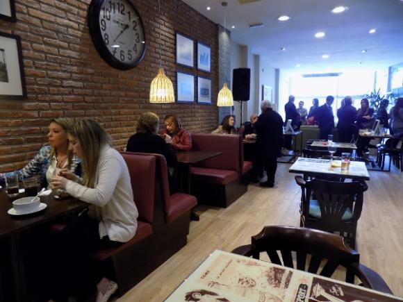 El servicio gastronómico del Club está a cargo de Medialinas Calentitas (Foto: Sofía Orellano)