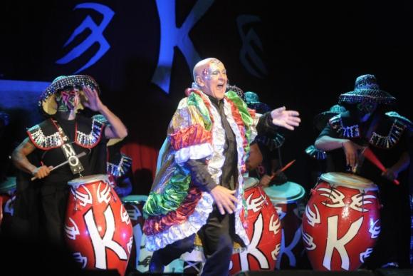 Kanela reconoció el apoyo de Espert a los trans en el Carnaval.