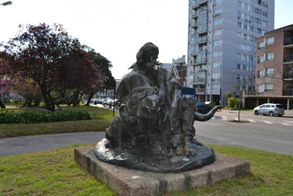 El Viejo Vizcacha, de José Luis Zorrilla, en la Plaza Varela.