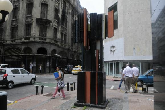 Eutrapelia, de Octavio Podestá, en la Ciudad Vieja.
