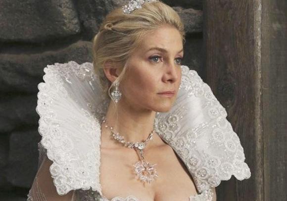 En <i>Once upon a time</i>, interpreta a Ingrid, la Reina de las Nieves.