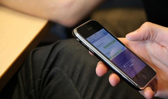 Cómo chatear de un iPhone sin conexión a internet.