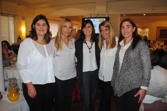 María Guani, Marcela Cikato, Soledad Aguirre, Ana Delisante, Inés Ponce de León.