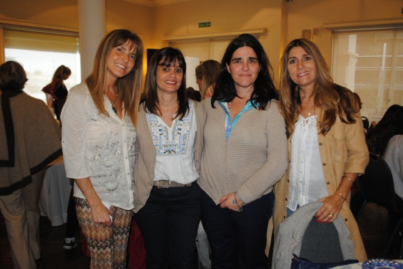 Virginia Barrandeguy, Beatriz Baldomir, Adriana Martini, Verónica Alonso.