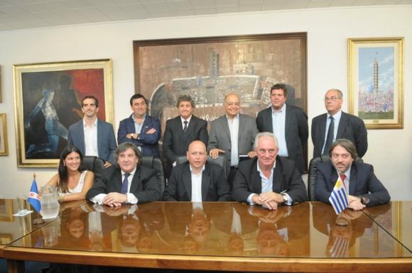 Nacional ganó y va por Defensor