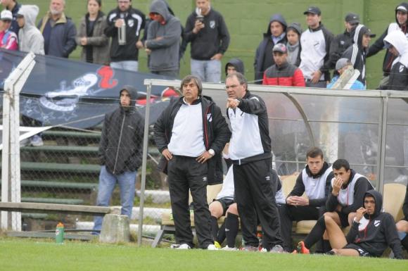 Racing y Danubio empataron en Sayago. Foto: Ariel Colmegna
