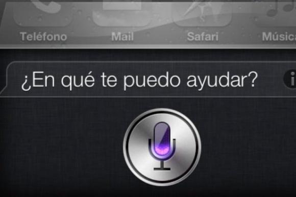 Siri, asistente de voz de iPhone.