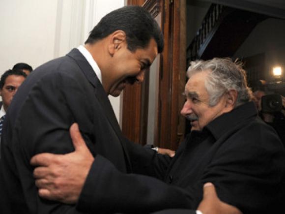 Mujica y MaduroMujica y Maduro