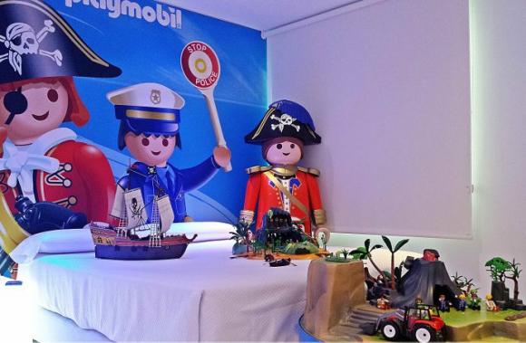 El Hotel del Juguete, en Ibis, Alicante, tiene cuatro estrellas y está dedicado a los juguetes.