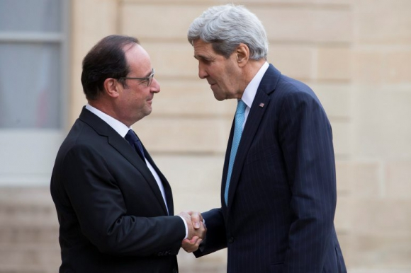 François Hollande y John Kerry. Foto: EFE.