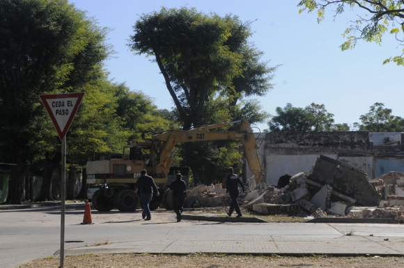 Demolición barrio Siete Manzanas. Foto: L. Carreño