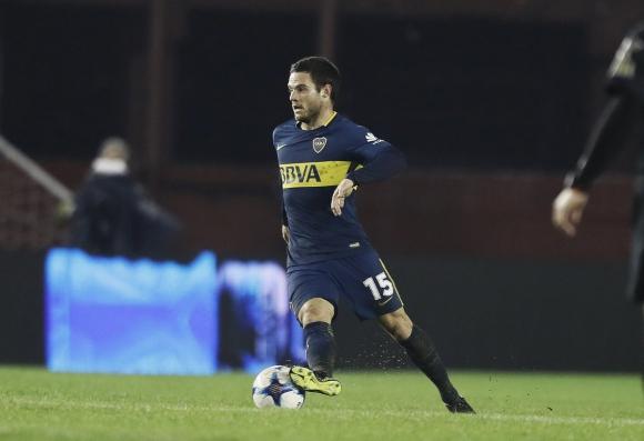Nahitan Nández tuvo su debut en Boca al entrar por Pablo Pérez. Foto: @BocaJrsOficial