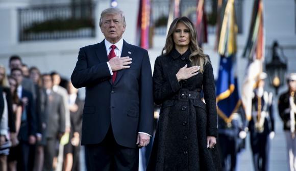 Casa Blanca: minuto de silencio en homenaje a las víctimas.