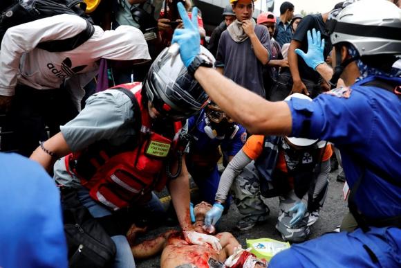 Durante las manifestaciones contra fallecieron 125 personas.