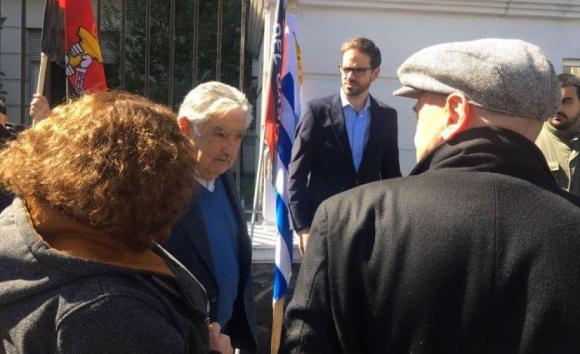 Mujica y Carrero en manifestación del gas.