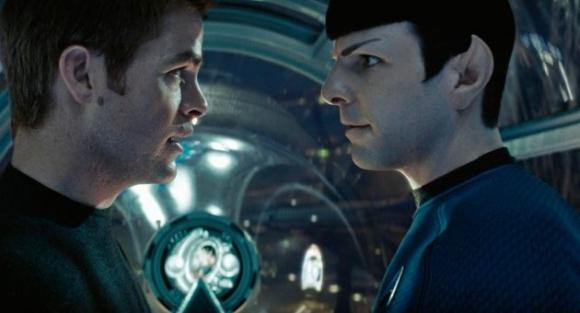 Chris Pine y Zachary Quinto en Star Trek