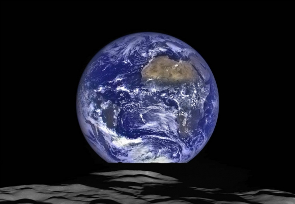 Imágenes inéditas de la Tierra gracias a la sonda Cassini. Foto: NASA