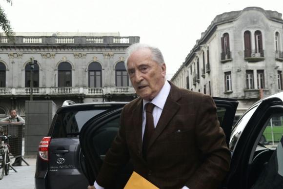 Eugenio Figueredo llega al juzgado de Crimen Organizado. Foto: Marcelo Bonjour.
