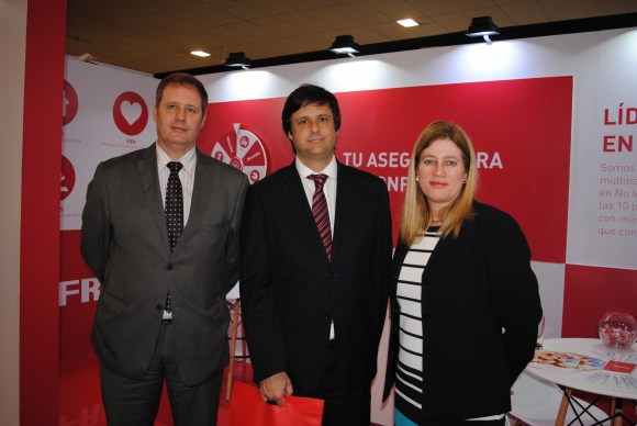 Roberto Ambrosoni, Ernesto Iribar, Marianne Delgado.