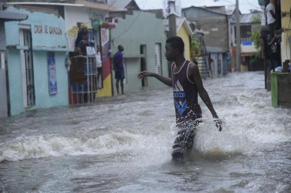 Paso del huracán Irma en República Dominicana. Foto: EFE