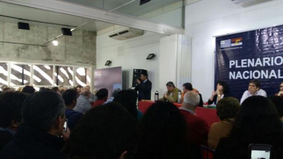 Sendic ya habla en el Plenario del FA. Foto@lgilvale